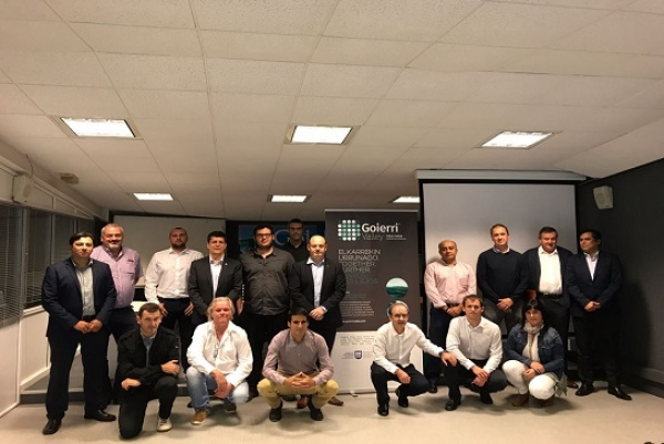 Representantes chilenos visitan Goierri para establecer colaboraciones empresariales